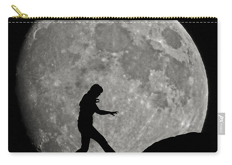 Ernie Echols Carry-all Pouch featuring the photograph Having Fun by Ernie Echols