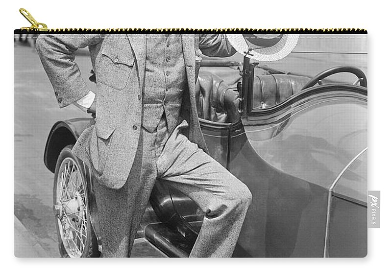 1916 Carry-all Pouch featuring the photograph Winston Churchill by Granger
