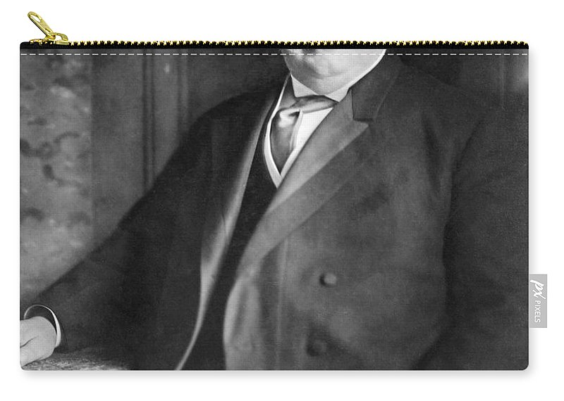1910 Carry-all Pouch featuring the photograph William Howard Taft by Granger