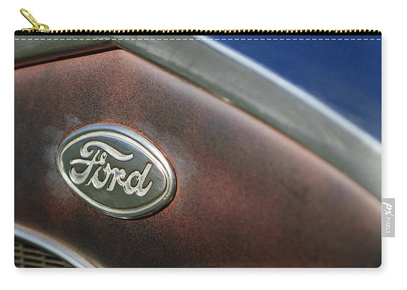 1931 Ford Carry-all Pouch featuring the photograph 1931 Ford Grille Emblem by Jill Reger