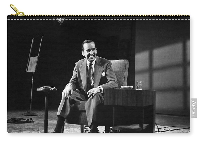 1958 Carry-all Pouch featuring the photograph Edward R. Murrow by Granger