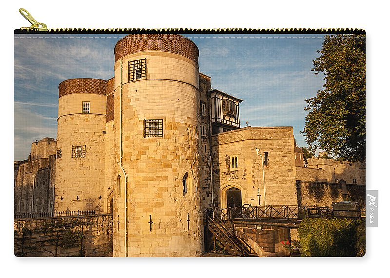 Tower Of London Carry-all Pouch featuring the photograph Tower Of London by Dawn OConnor