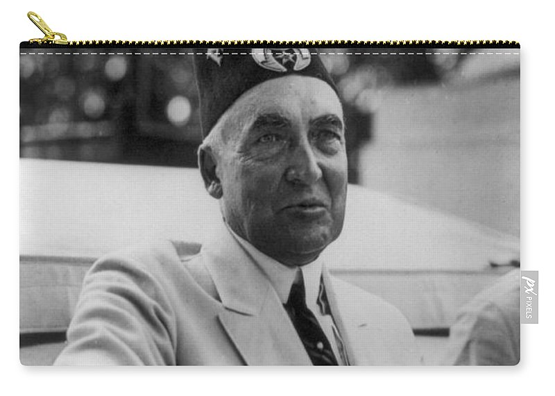 1920s Carry-all Pouch featuring the photograph Warren G. Harding by Granger