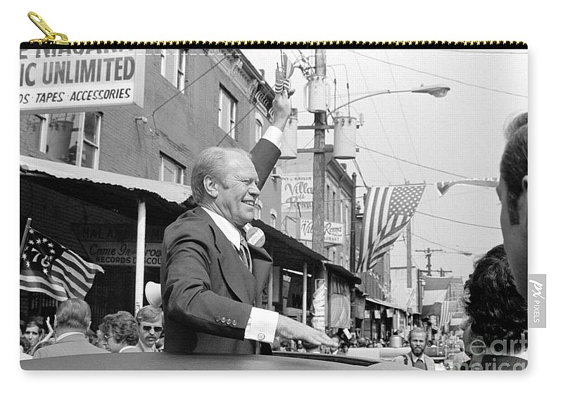 1976 Carry-all Pouch featuring the photograph Gerald Ford (1913-2006) by Granger