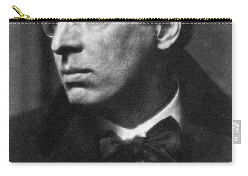 1915 Carry-all Pouch featuring the photograph William Butler Yeats by Granger