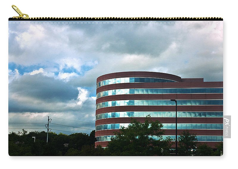 Omaha Ne Carry-all Pouch featuring the photograph A Cloudy Day by Edward Peterson