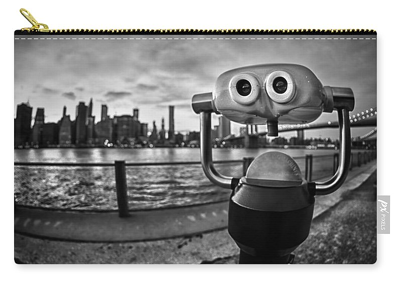 Big Apple Carry-all Pouch featuring the photograph Apple Of My Eye by Evelina Kremsdorf