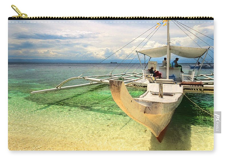 Yhun Suarez Carry-all Pouch featuring the photograph Bangka Sa Dagat by Yhun Suarez