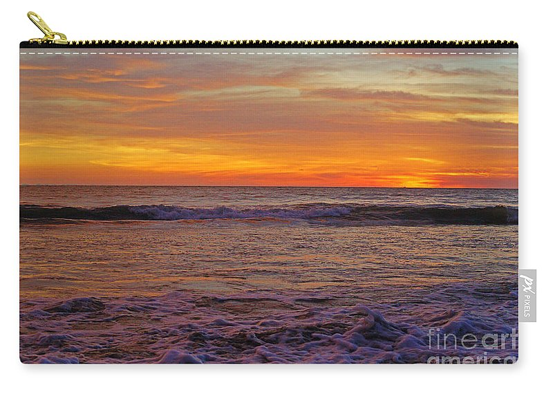 Mexico Carry-all Pouch featuring the photograph Beautiful Waves by Randy Harris