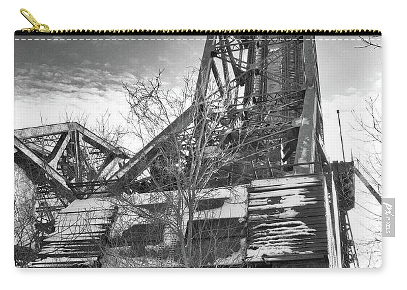 Bridge Carry-all Pouch featuring the photograph Buffalo Bridges 10624b by Guy Whiteley