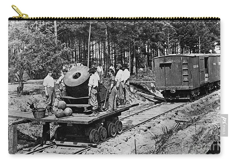 1863 Carry-all Pouch featuring the photograph Civil War: Mortar by Granger