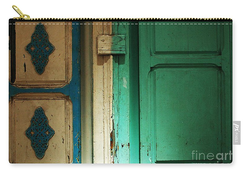 Door Carry-all Pouch featuring the photograph Doorway In Tunisia 4 by Bob Christopher