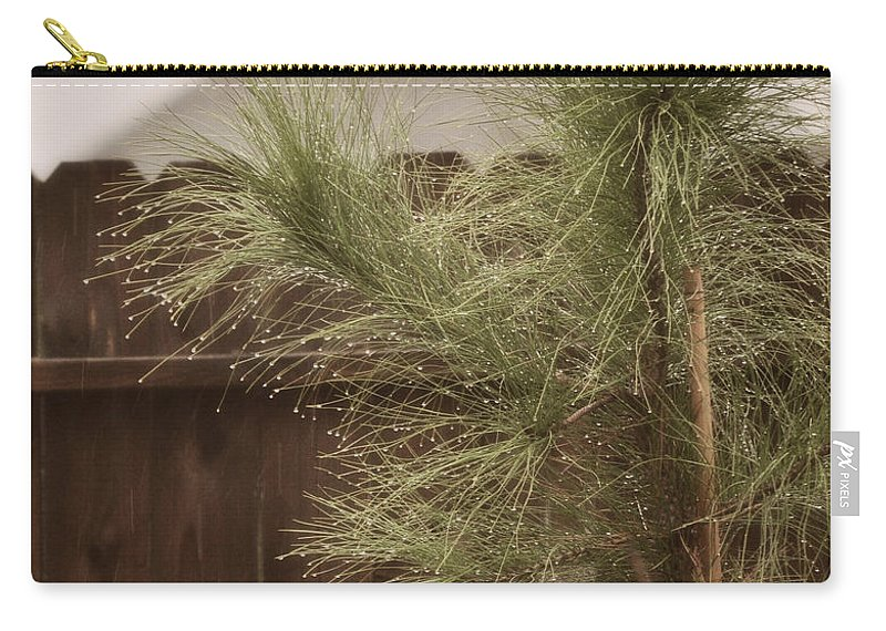 Nature Carry-all Pouch featuring the photograph Drops by Paulette B Wright