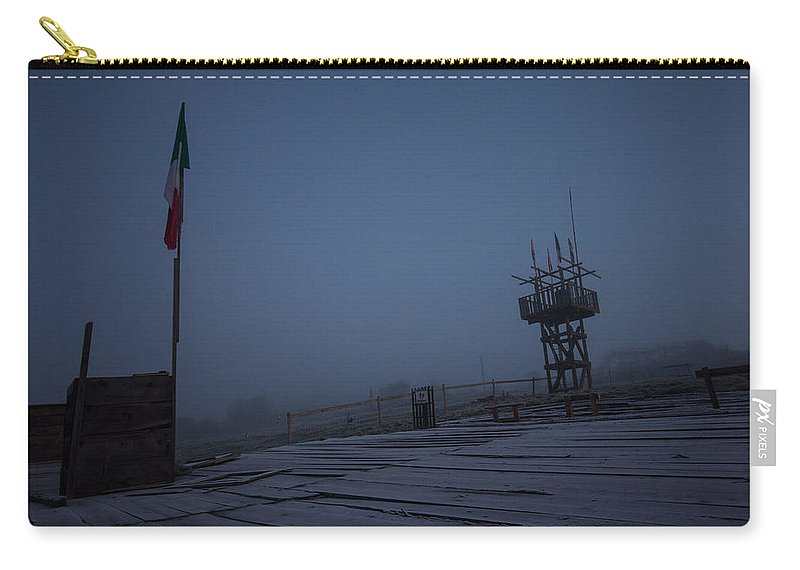 Frost Carry-all Pouch featuring the photograph Ealy Morning Frost by Dawn OConnor
