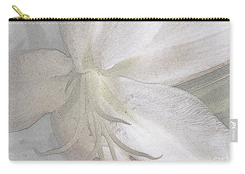Lily Carry-all Pouch featuring the photograph Ebb by Priscilla Richardson