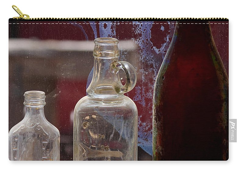 Photography Carry-all Pouch featuring the photograph Etched Glass by Vicki Pelham