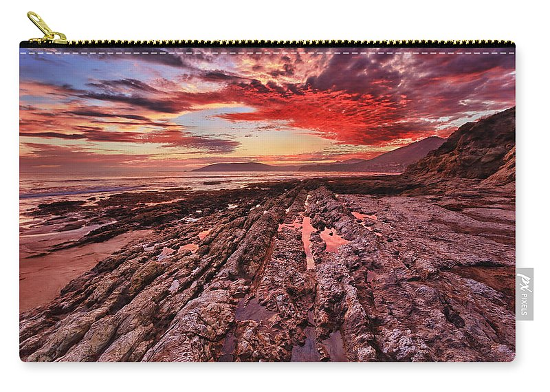 Shell Beach Carry-all Pouch featuring the photograph Eternal by Beth Sargent