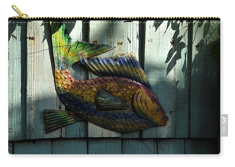 Fish Carry-all Pouch featuring the photograph Fish On Fence by David Lee Thompson