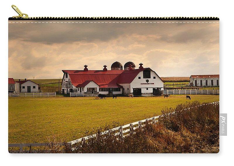 Farm Carry-all Pouch featuring the photograph Flemingsburg Farm Ky by Randall Branham