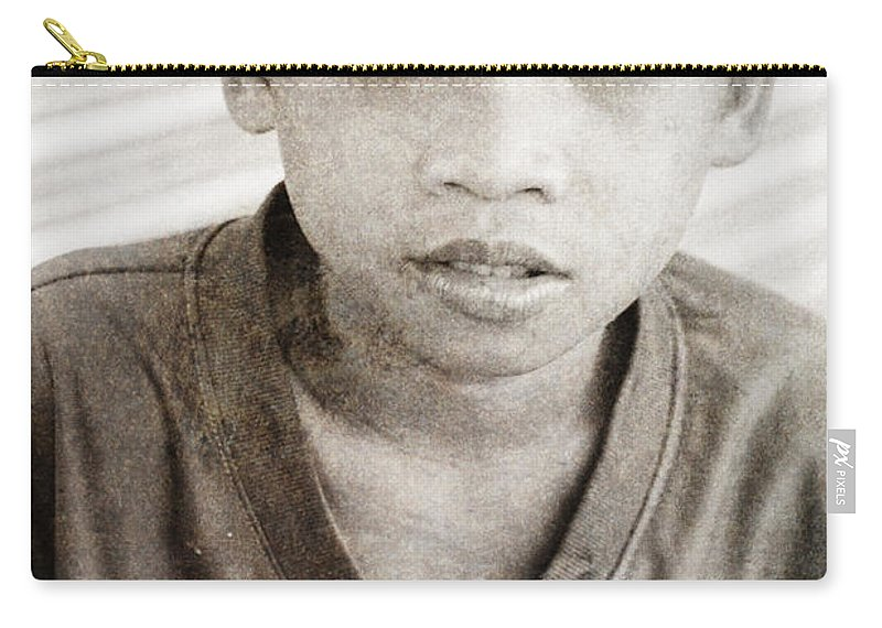 Abandoned Carry-all Pouch featuring the photograph Forgotten Faces 4 by Skip Nall