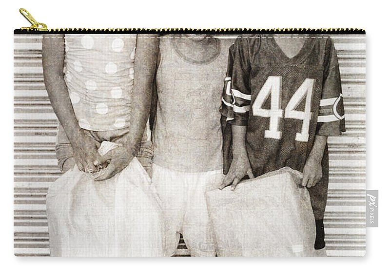 Abandoned Carry-all Pouch featuring the photograph Forgotten Faces 9 by Skip Nall