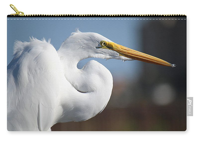 Roena King Carry-all Pouch featuring the photograph Great Egret Portrait by Roena King