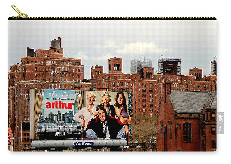 Manhattan Carry-all Pouch featuring the photograph High Line Park 1 by Andrew Fare