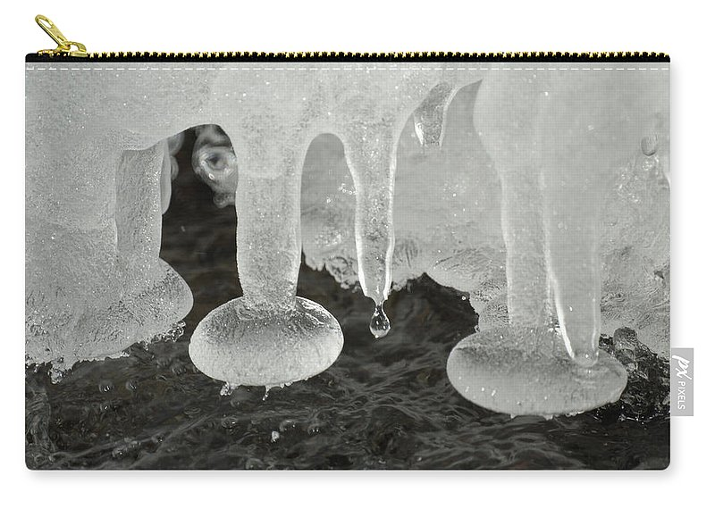 Ice Carry-all Pouch featuring the photograph Ice by Ernie Echols