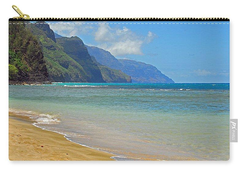 Ke'e Carry-all Pouch featuring the photograph Ke'e Beach by Lynn Bauer