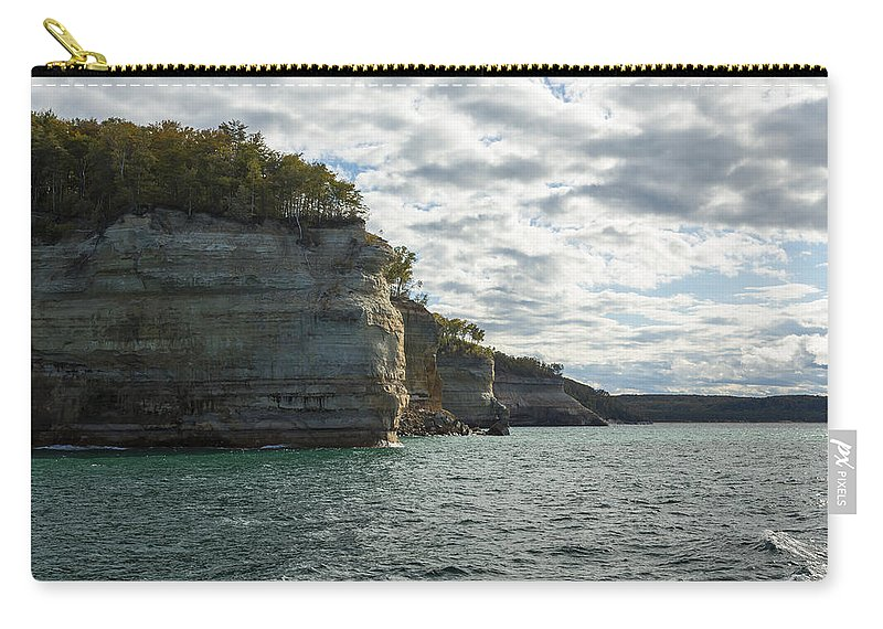 Great Carry-all Pouch featuring the photograph Lake Superior Pictured Rocks 10 by John Brueske