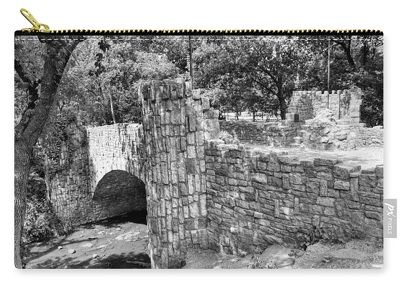 Lincoln Carry-all Pouch featuring the photograph Lincoln Bridge IIi by Ricky Barnard