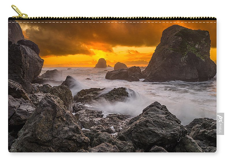Sunset Carry-all Pouch featuring the photograph Luffenholtz Winter Sunset 2 by Greg Nyquist
