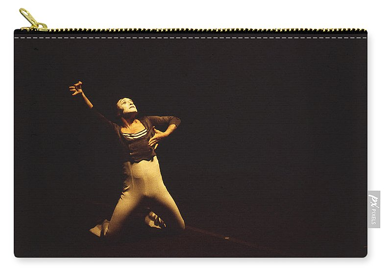 Marcel Marceau Carry-all Pouch featuring the photograph Marcel Marceau by Mark Greenberg