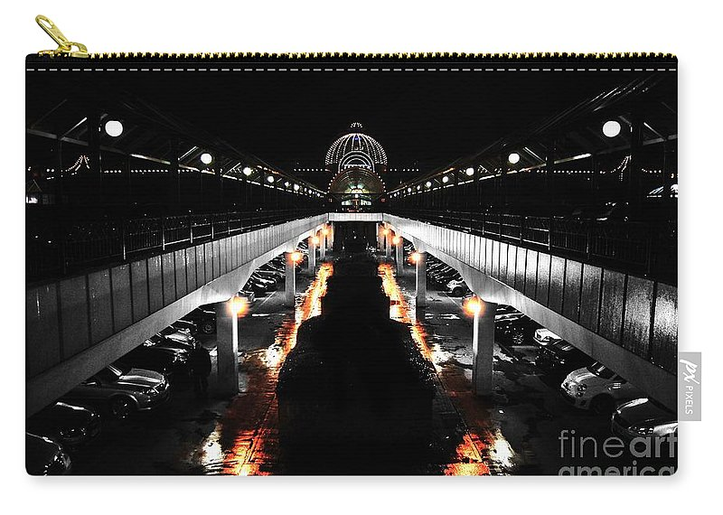 Yhun Suarez Carry-all Pouch featuring the photograph Meadow Hall by Yhun Suarez