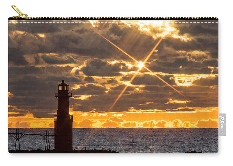 Lighthouse Carry-all Pouch featuring the photograph Morning Star by Bill Pevlor