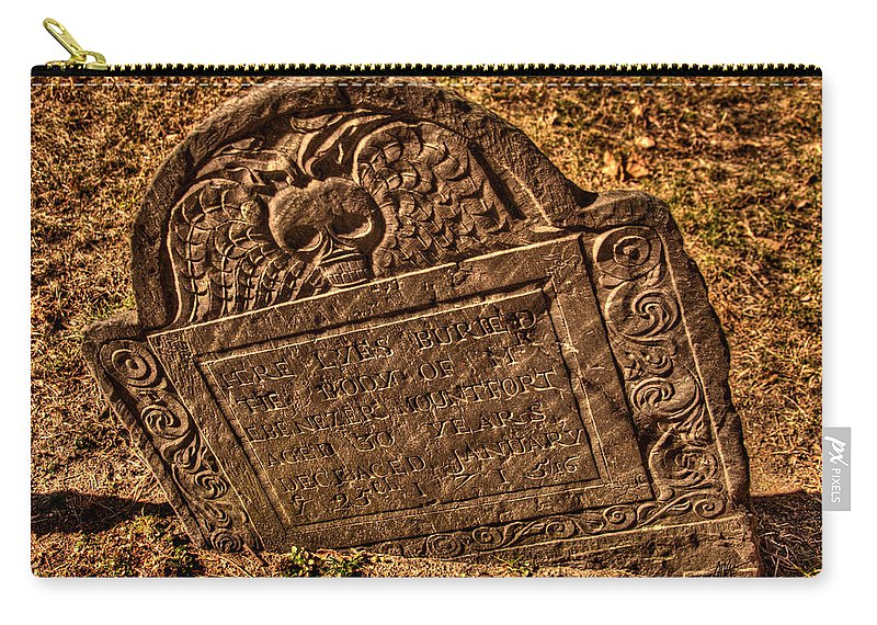 Mountfort Carry-all Pouch featuring the photograph Mountfort - Granary Burying Ground - Greeting Card by Mark Valentine