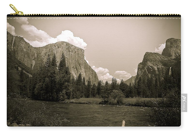 Usa Carry-all Pouch featuring the photograph Nostalgic Yosemite Valley by LeeAnn McLaneGoetz McLaneGoetzStudioLLCcom
