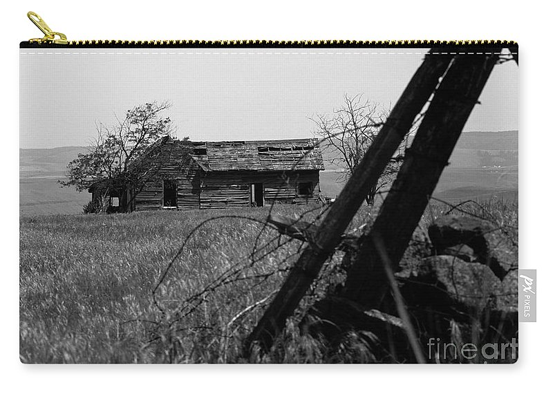 Farm Carry-all Pouch featuring the photograph Once Was Home by Sharon Elliott