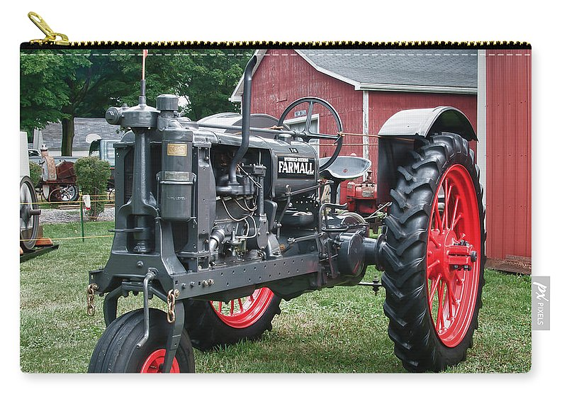 Barn Carry-all Pouch featuring the photograph Patriotic Farmall by Guy Whiteley
