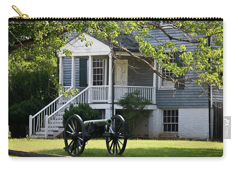 Appomattox Carry-all Pouch featuring the photograph Peers House And Cannon Appomattox Court House Virginia by Teresa Mucha