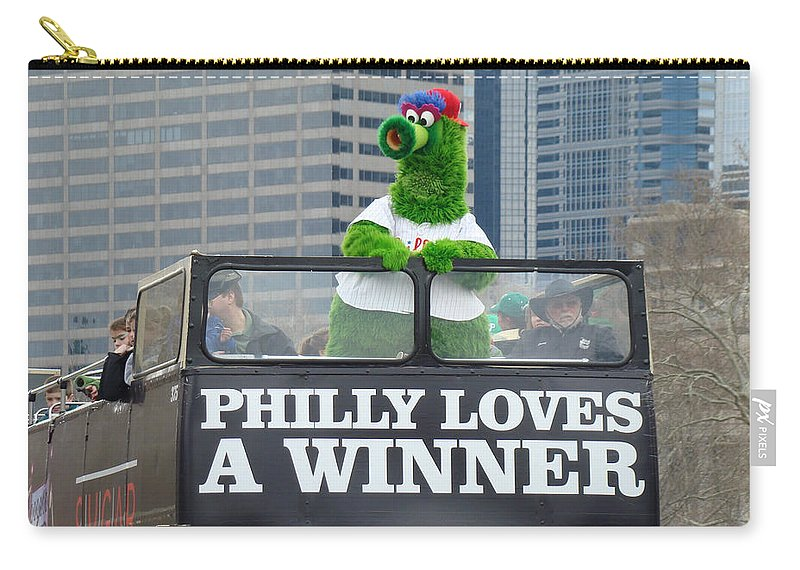 Philly Loves A Winner Bus Parade Phanatic Green City Philadelphia Carry-all Pouch featuring the photograph Philly Loves A Winner by Alice Gipson