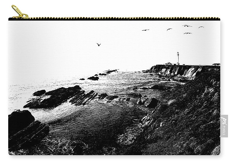 Black And White Carry-all Pouch featuring the photograph Pt Arena Lighthouse With Effect by Mick Anderson