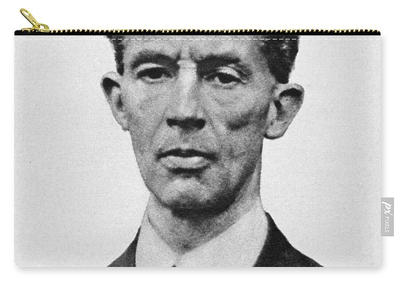 1922 Carry-all Pouch featuring the photograph Robert Erskine Childers by Granger