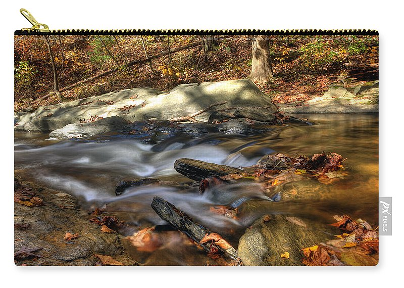 Westminster Carry-all Pouch featuring the photograph Rockhopping by Edward Kreis