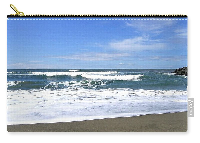 Seascape Carry-all Pouch featuring the photograph Sandy Shores Of Oregon by Will Borden