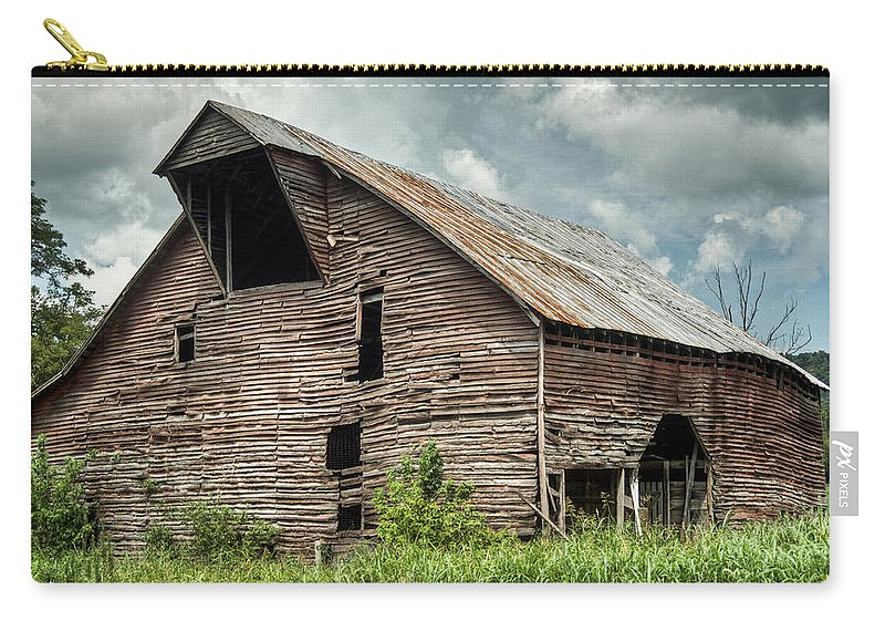 Barn Carry-all Pouch featuring the photograph Shingle Barn 3 by Douglas Barnett