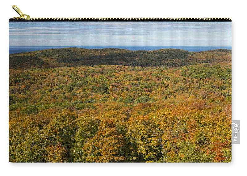 Summit Carry-all Pouch featuring the photograph Summit Peak Autumn 14 by John Brueske