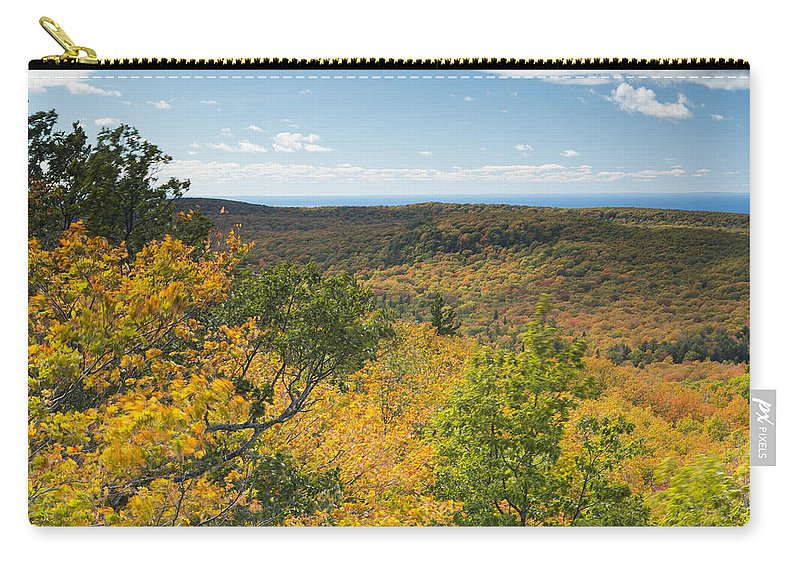 Summit Carry-all Pouch featuring the photograph Summit Peak Autumn 16 by John Brueske