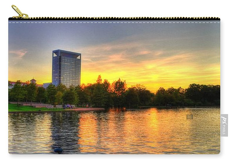 Hermann Park Carry-all Pouch featuring the photograph Sunset In Hermann Park by David Morefield