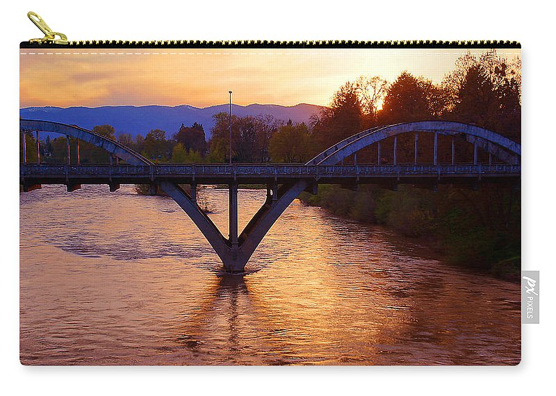 Grants Pass Carry-all Pouch featuring the photograph Sunset Over Caveman Bridge by Mick Anderson